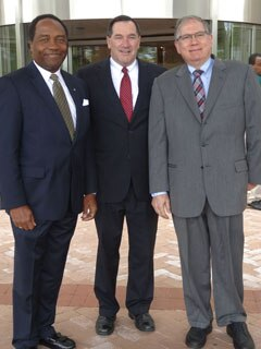 Group photo of U.S. Senator Joe Donnelly, NIDDK Director Griffin P. Rodgers, and NIH Deputy Director Lawrence Tabak