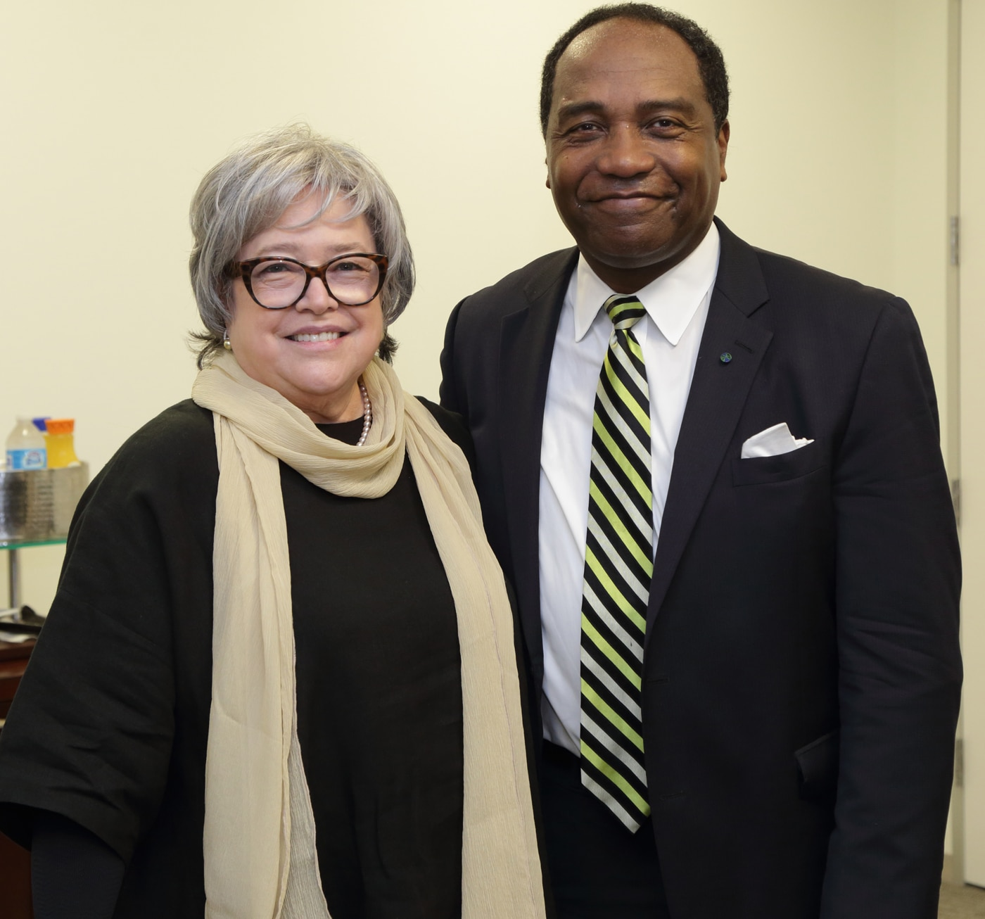 Photo of Dr. Rodgers and actress  Kathy Bates