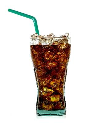 Sticlă de sifon cu gheață și paie