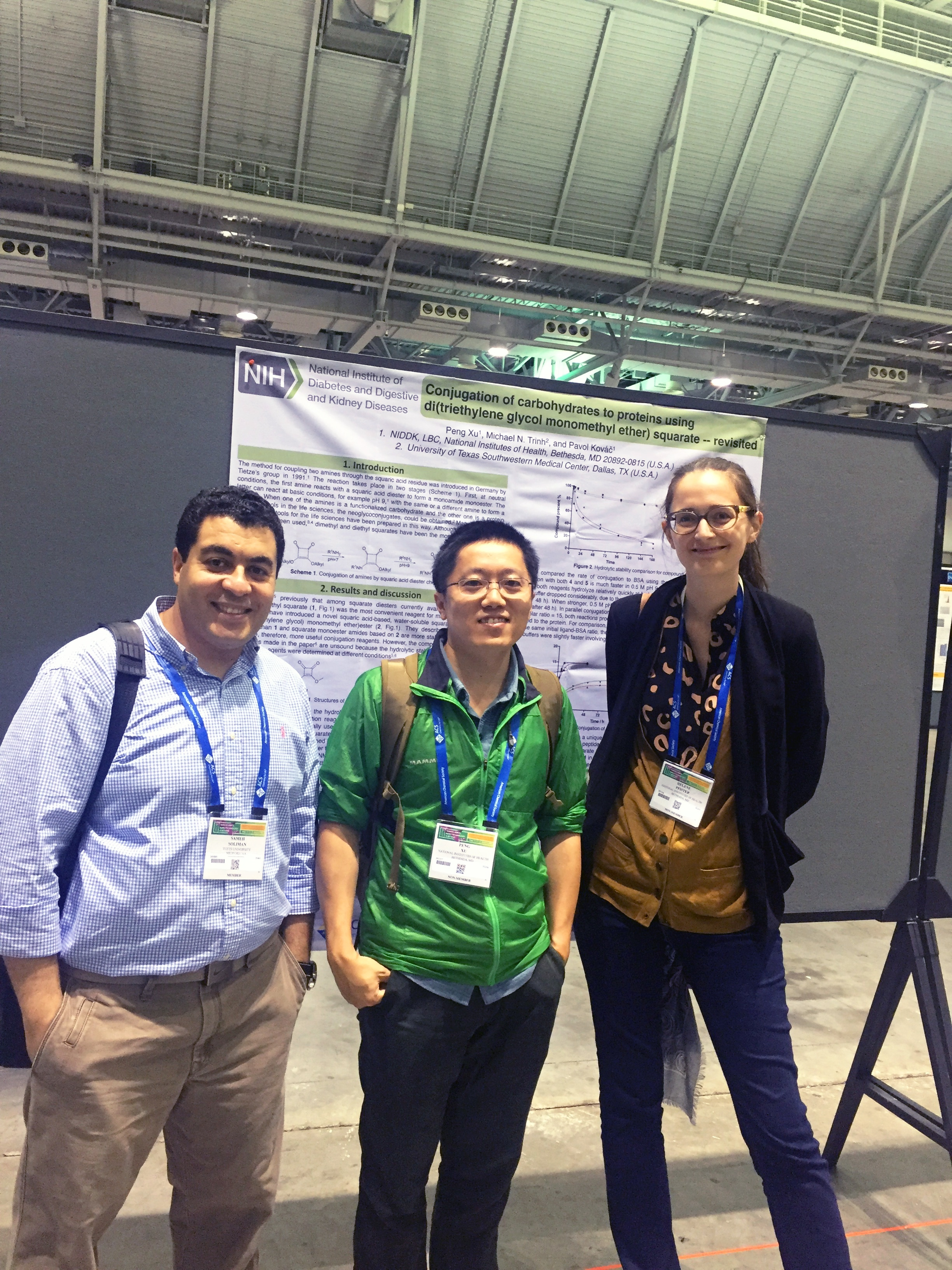 Photo of lab members at the 2018 Meeting of the American Chemical Society