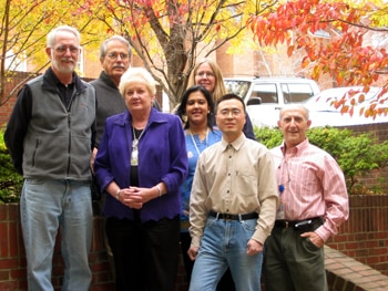 Group photograph of the Laboratory of Medicinal Chemistry in 2005